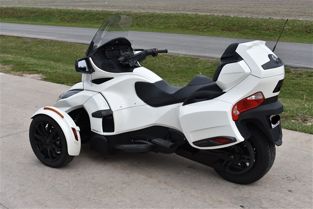 2018 Can-Am Spyder RT Limited at Lincoln Power Sports, Moscow Mills, MO 63362