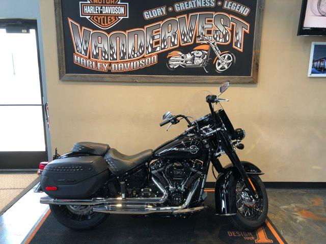 2018 Harley-Davidson Softail Heritage Classic 114 at Vandervest Harley-Davidson, Green Bay, WI 54303