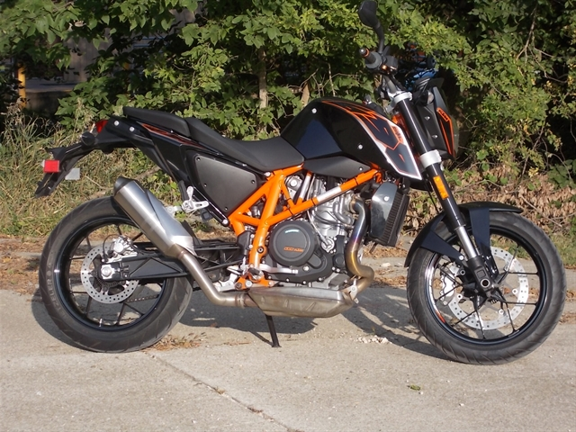 2015 KTM Duke 690 ABS at Nishna Valley Cycle, Atlantic, IA 50022