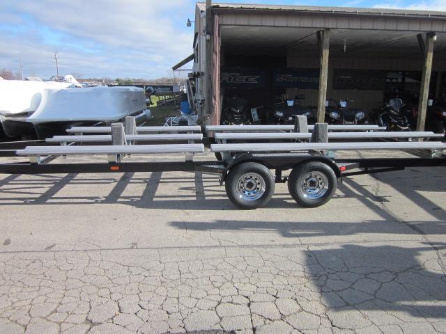 2018 TRAILMASTER WBTF2555BBR pontoon boat trailer at Fort Fremont Marine, Fremont, WI 54940