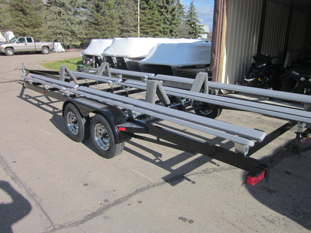 2018 TRAILMASTER WBTF2555BBR pontoon boat trailer at Fort Fremont Marine, Fremont, WI 54940