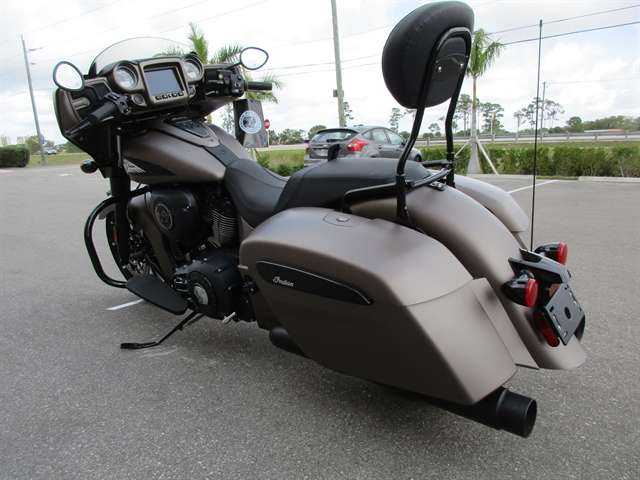 2019 Indian Chieftain Dark Horse at Fort Lauderdale