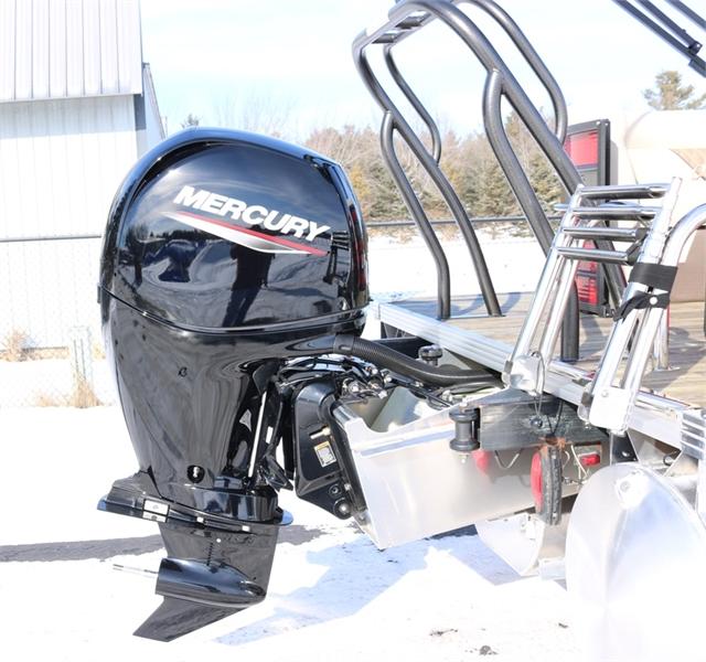 2021 Crest Classic DLX 220 SLC-triple toon at Fort Fremont Marine