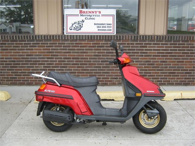 1987 Honda Elite at Brenny's Motorcycle Clinic, Bettendorf, IA 52722