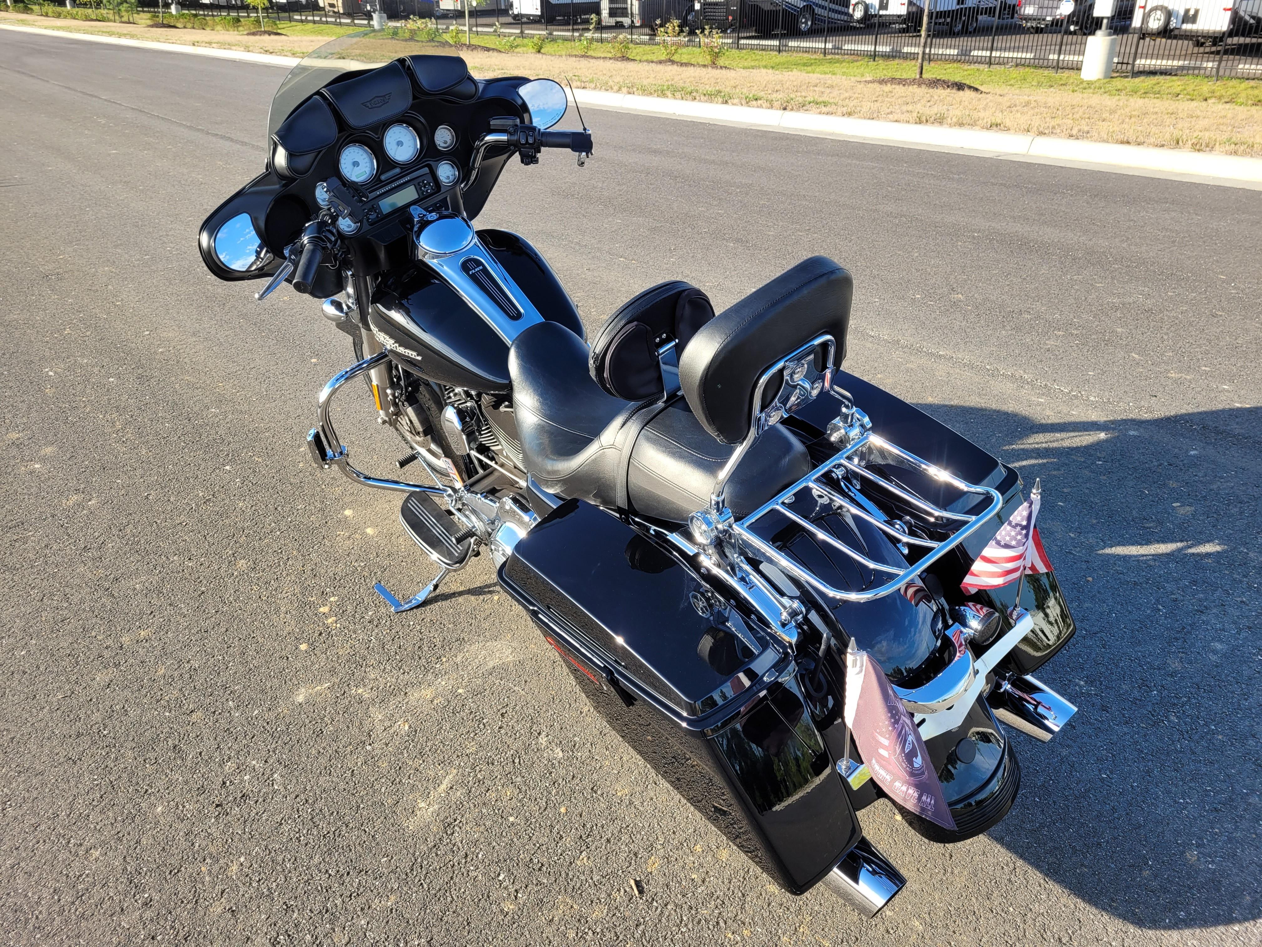 2013 Harley-Davidson Street Glide Base at Richmond Harley-Davidson