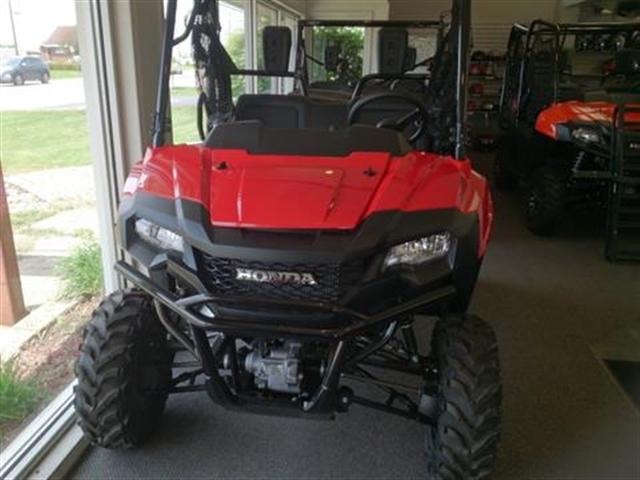 2018 Honda Pioneer 700 Base at Kent Motorsports, New Braunfels, TX 78130