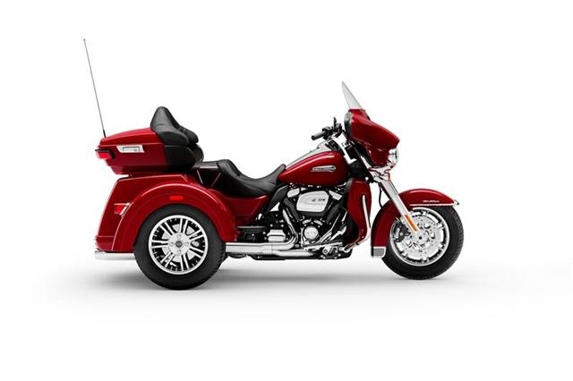 2021 Harley-Davidson Trike FLHTCUTG Tri Glide Ultra at Thunder Road Harley-Davidson