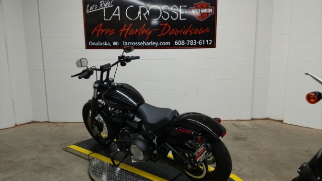 2018 Harley-Davidson Softail Street Bob at La Crosse Area Harley-Davidson, Onalaska, WI 54650