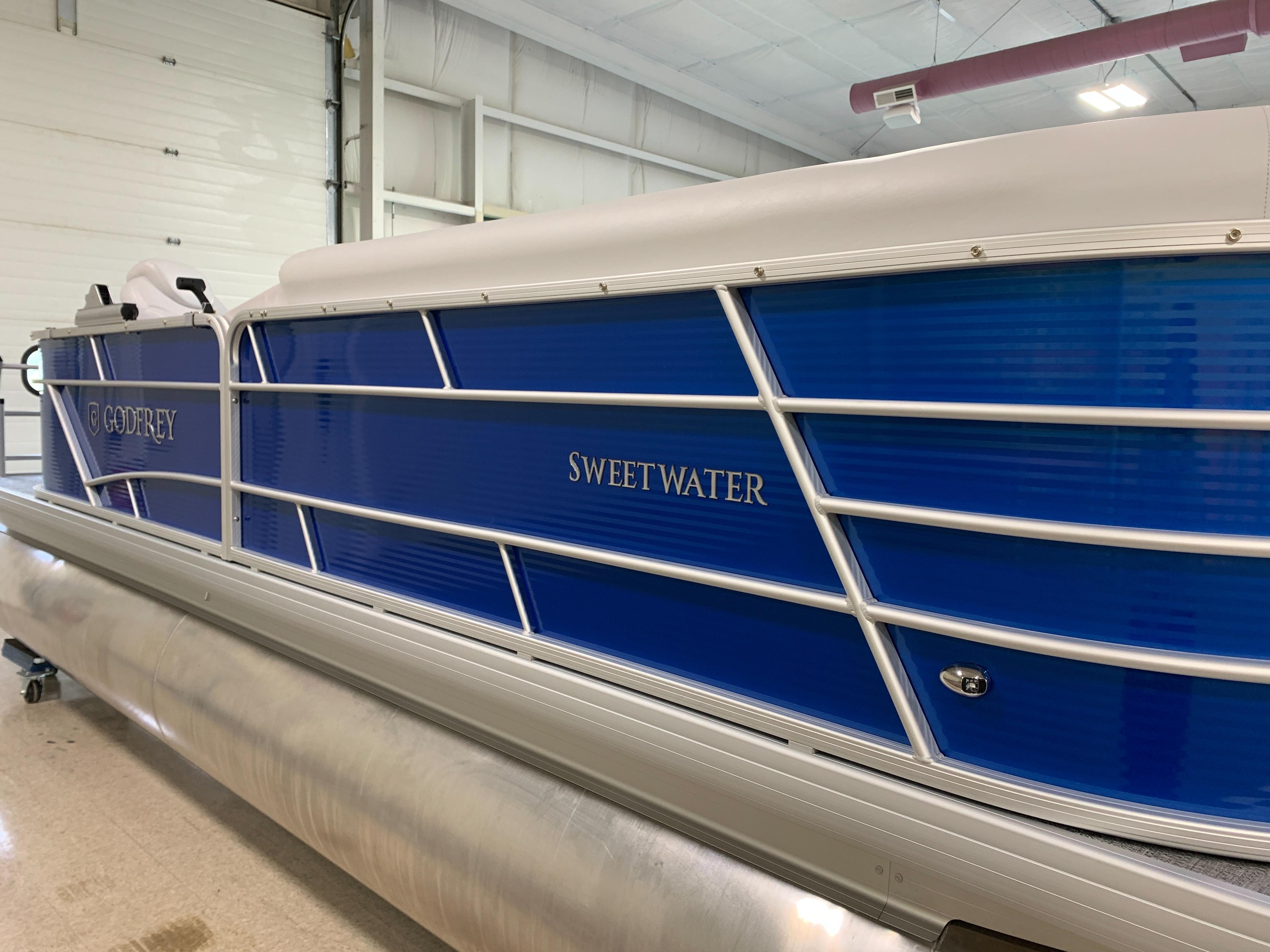 2022 SWEETWATER 2186C SPORT TUBE at Pharo Marine, Waunakee, WI 53597