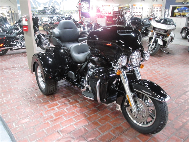 2021 Harley-Davidson FLHTCUTG at Bumpus H-D of Memphis