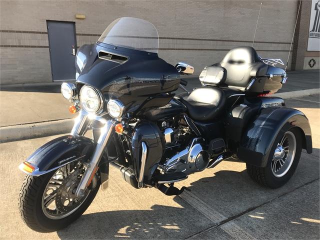 2016 Harley-Davidson Trike Tri Glide Ultra at Texarkana Harley-Davidson