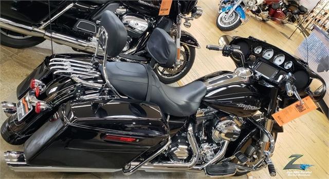 2016 Harley-Davidson Street Glide Special at Zips 45th Parallel Harley-Davidson