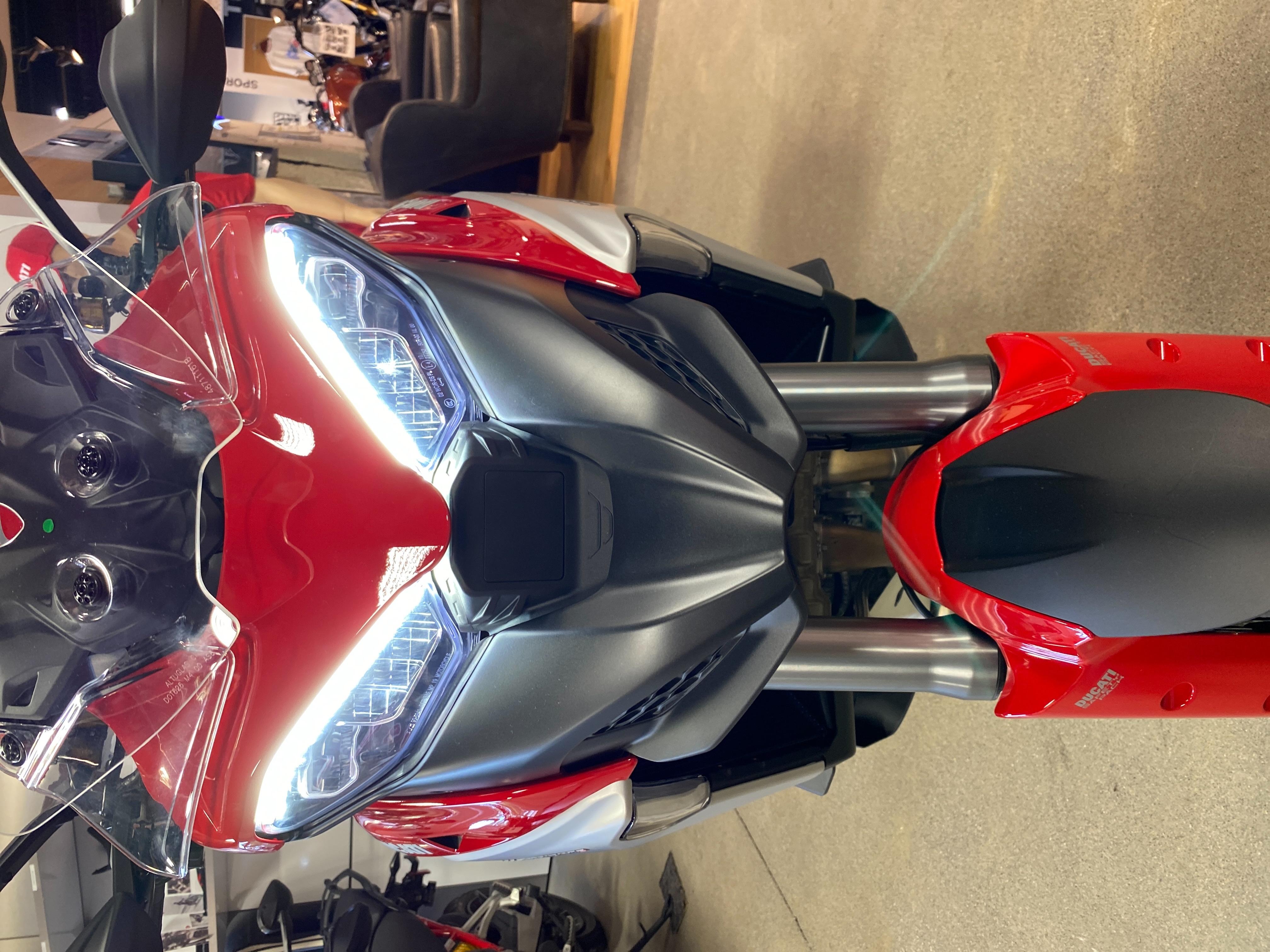 2022 Ducati MULTISTRADA V4S at Frontline Eurosports