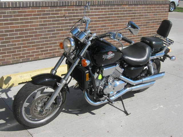 1994 Honda VF750 Magna at Brenny's Motorcycle Clinic, Bettendorf, IA 52722
