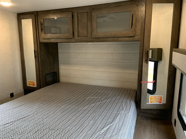 2020 Forest River Wildwood 28FKV at Campers RV Center, Shreveport, LA 71129