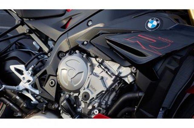 2019 BMW S 1000 R at Frontline Eurosports