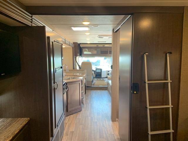 2019 Thor Motor Coach ACE 331 at Campers RV Center, Shreveport, LA 71129