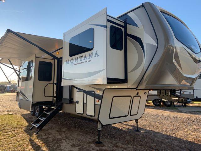 2019 Keystone Montana 3761FL Front Living at Campers RV Center, Shreveport, LA 71129