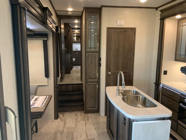 Discount Tire Store Hours >> 2019 Keystone Montana 3761FL Front Living | Campers RV Center