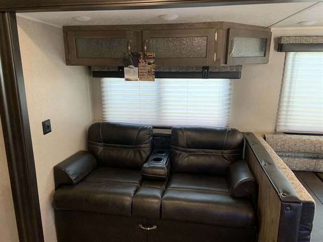 2020 Palomino Puma 32FBIS 32FBIS at Campers RV Center, Shreveport, LA 71129