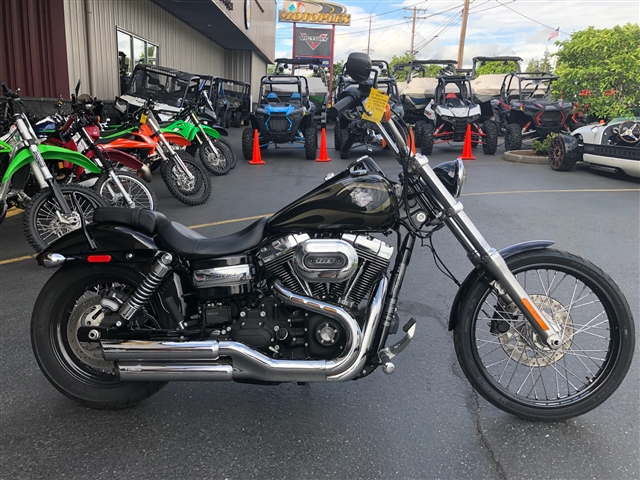 2017 Harley-Davidson Dyna Wide Glide® at Lynnwood Motoplex, Lynnwood, WA 98037
