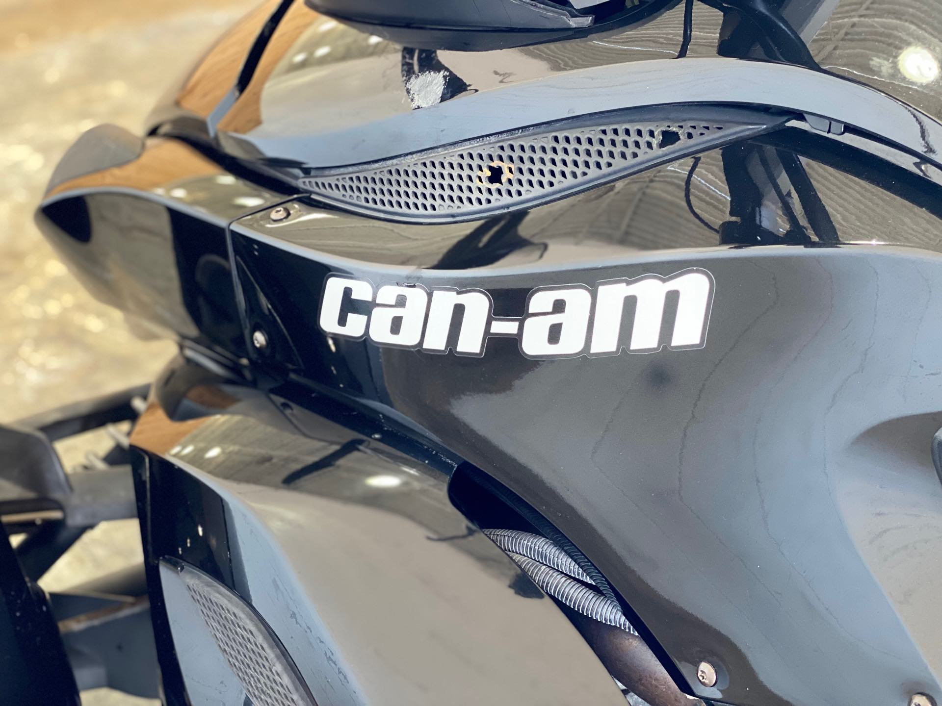 2012 Can-Am Spyder Roadster RS at Twisted Cycles