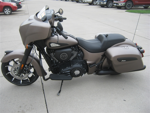 2019 Indian Motorcycle Chieftain Dark Horse at Brenny's Motorcycle Clinic, Bettendorf, IA 52722