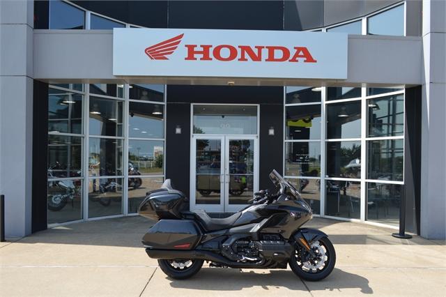2021 Honda Gold Wing Tour at Shawnee Honda Polaris Kawasaki