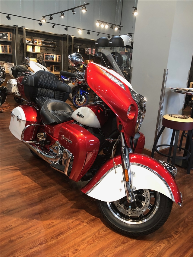 2019 Indian Roadmaster ICON Base at Lynnwood Motoplex, Lynnwood, WA 98037