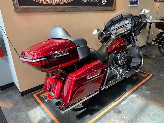 2016 Harley-Davidson Electra Glide Ultra Classic at Vandervest Harley-Davidson, Green Bay, WI 54303