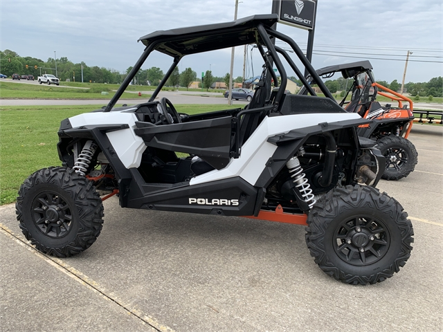 2018 Polaris RZR XP 1000 EPS at Southern Illinois Motorsports