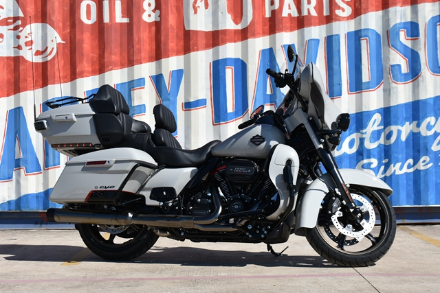 2020 Harley-Davidson FLHTKSE at Gruene Harley-Davidson