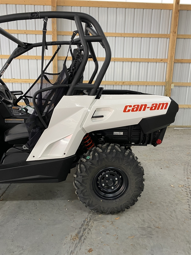 2020 Can-Am Commander 800R at Thornton's Motorcycle - Versailles, IN