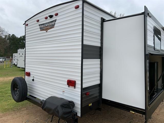 2020 Forest River Wildwood 31KQBTS at Campers RV Center, Shreveport, LA 71129