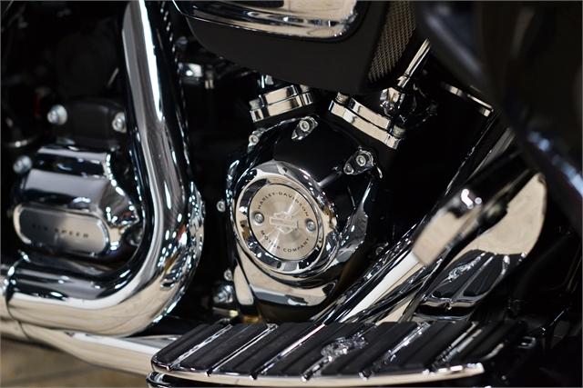 2018 Harley-Davidson FLHTCUTG at Destination Harley-Davidson®, Tacoma, WA 98424