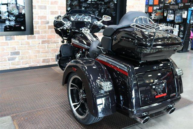 2020 Harley-Davidson FLHTCUTGSE - CVO Tri Glide at Texas Harley