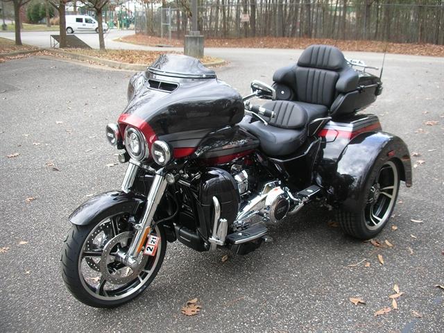 2020 Harley-Davidson CVO Tri Glide at Hampton Roads Harley-Davidson