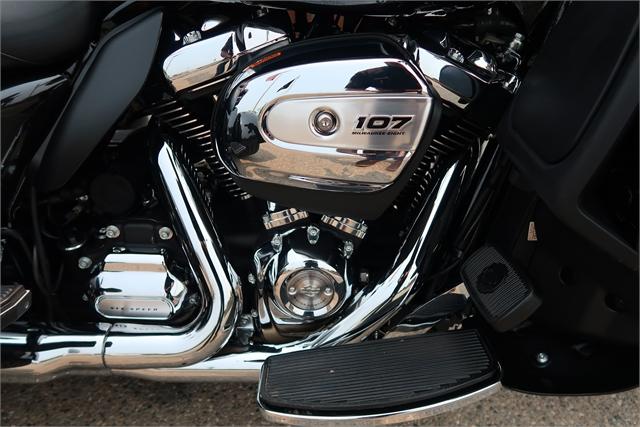 2018 Harley-Davidson Trike Tri Glide Ultra at Wolverine Harley-Davidson