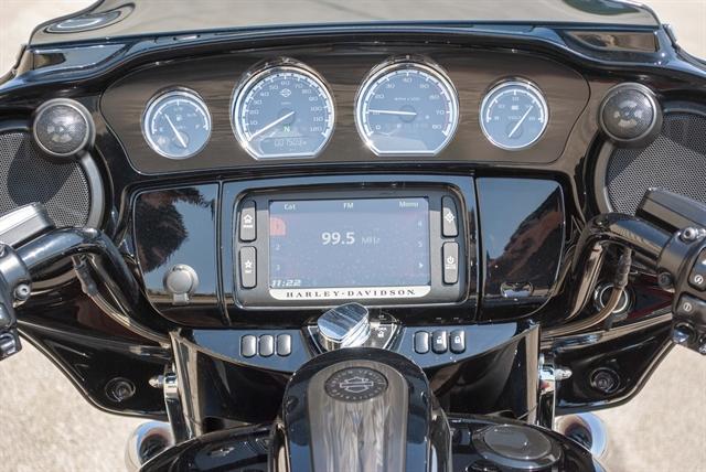 2017 Harley-Davidson Street Glide CVO Street Glide at Javelina Harley-Davidson