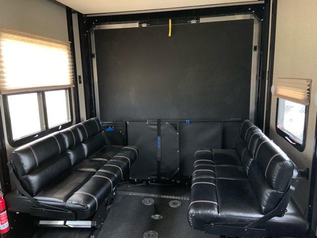 2019 Dutchmen Voltage 3705 Toy Hauler at Campers RV Center, Shreveport, LA 71129