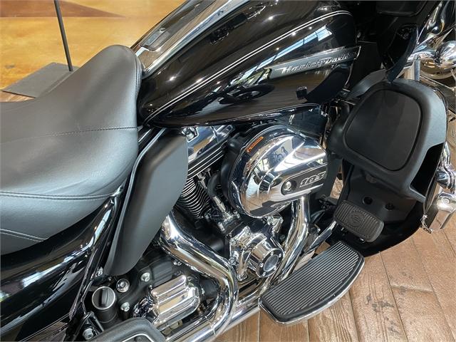 2016 Harley-Davidson Road Glide Ultra at Gold Star Harley-Davidson