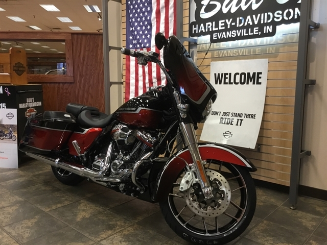 2021 Harley-Davidson Touring FLHXSE CVO Street Glide at Bud's Harley-Davidson