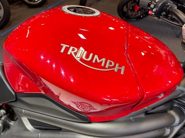 2016 Triumph Speed Triple S at Martin Moto