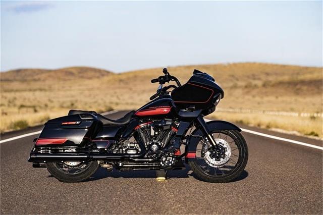 2021 Harley-Davidson Touring CVO Road Glide at South East Harley-Davidson