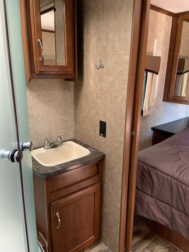 2017 Jayco Jay Feather 23RLSW at Campers RV Center, Shreveport, LA 71129