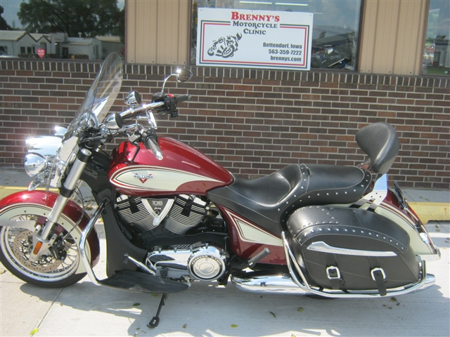 2013 victory motorcycles cross roads brenny 39 s motorcycle clinic. Black Bedroom Furniture Sets. Home Design Ideas