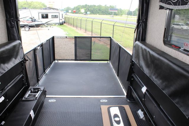 2019 Thor Motor Coach Outlaw Class A 37RB Toy Hauler at Campers RV Center, Shreveport, LA 71129