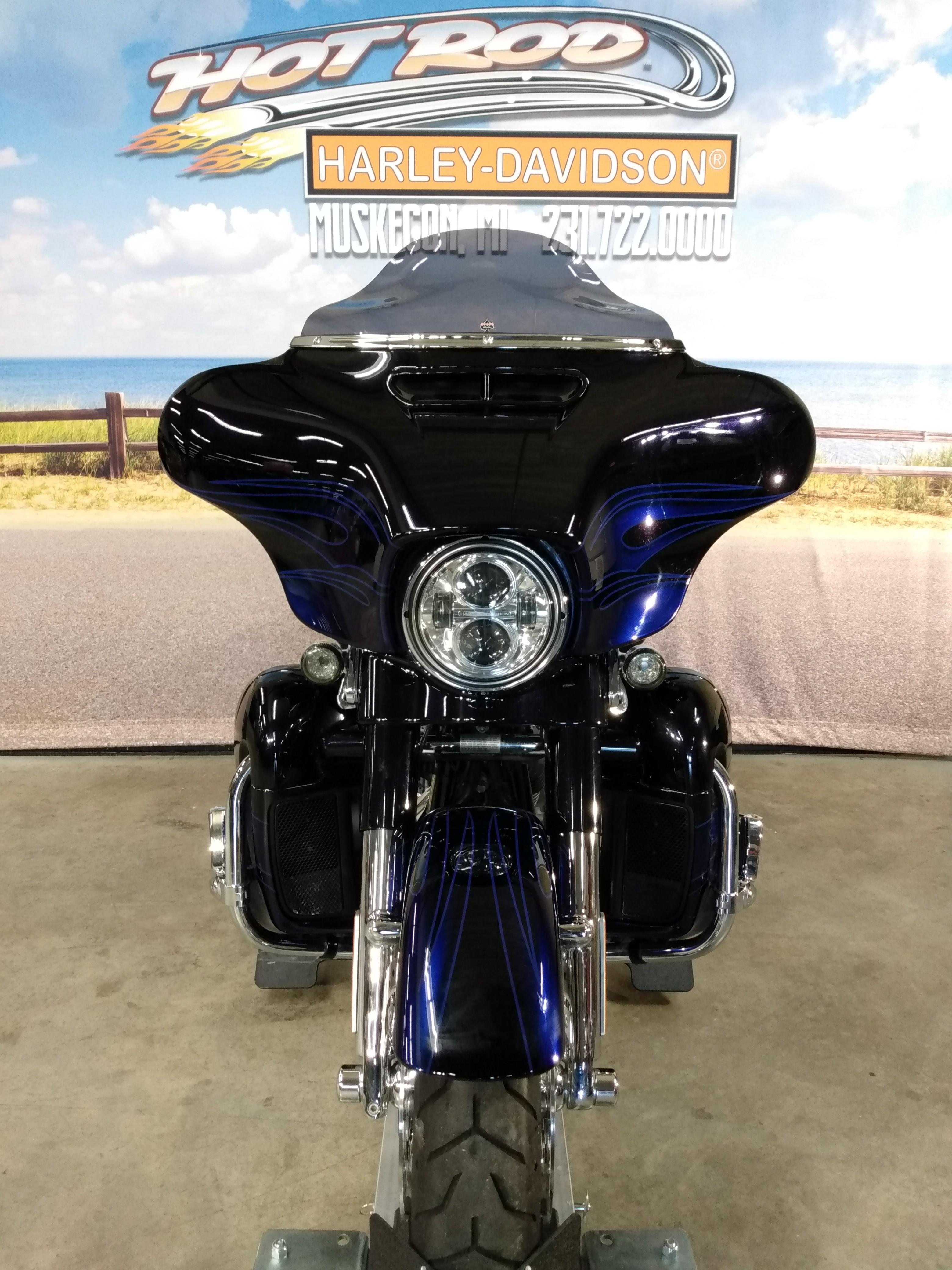 2016 Harley-Davidson Street Glide CVO Street Glide at Hot Rod Harley-Davidson