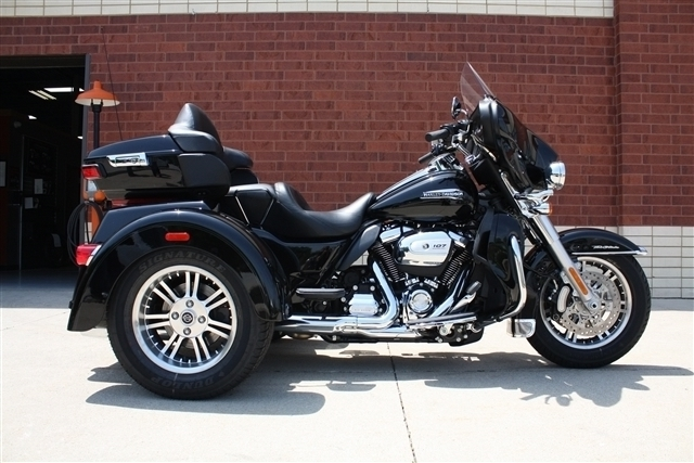 2018 Harley-Davidson Trike Tri Glide® Ultra at Harley-Davidson of Fort Wayne, Fort Wayne, IN 46804