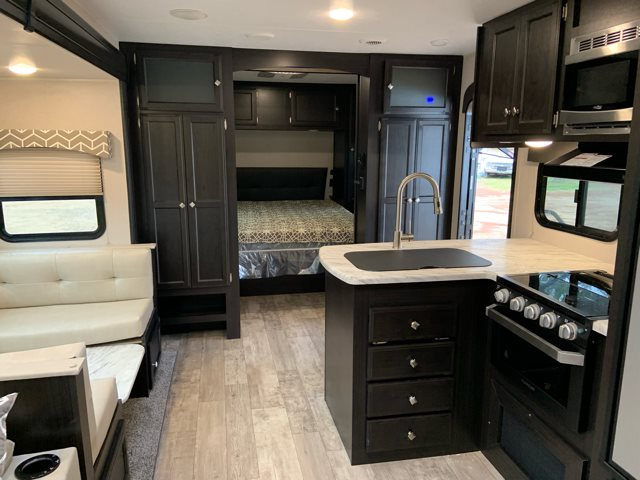 2019 Venture SportTrek271VMB ST271VMB at Campers RV Center, Shreveport, LA 71129
